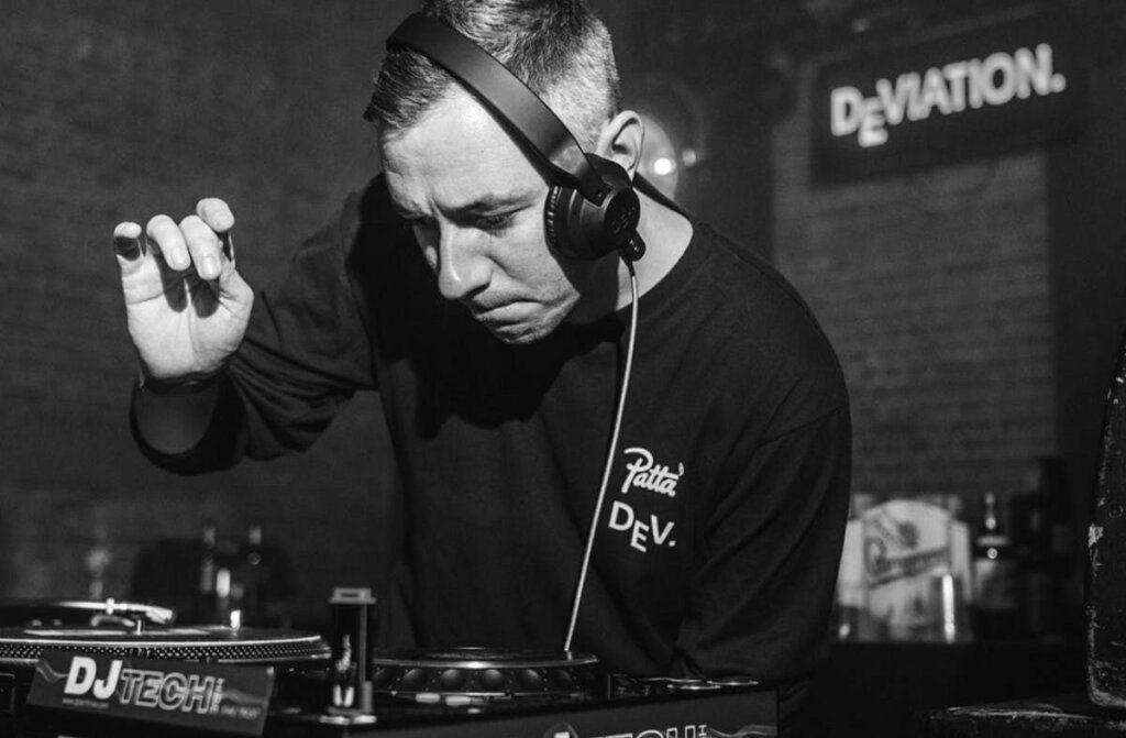 Top 5 DJ Headphones in 2021